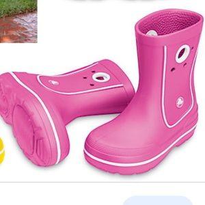 Cute Croc Rain boots size 12/13 Pink Excellent